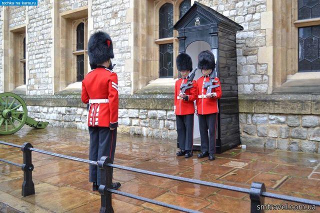 Когда и где проходит развод королевского караула в Лондоне