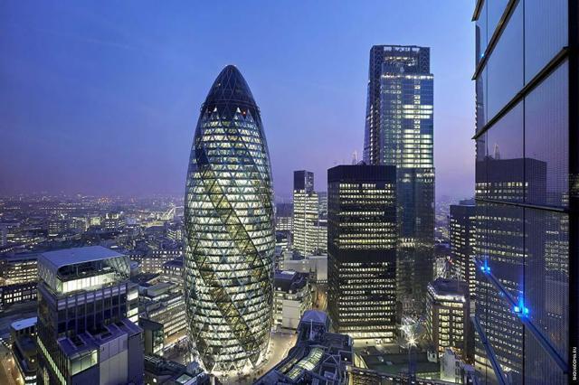 Лондонский небоскреб «Огурец»