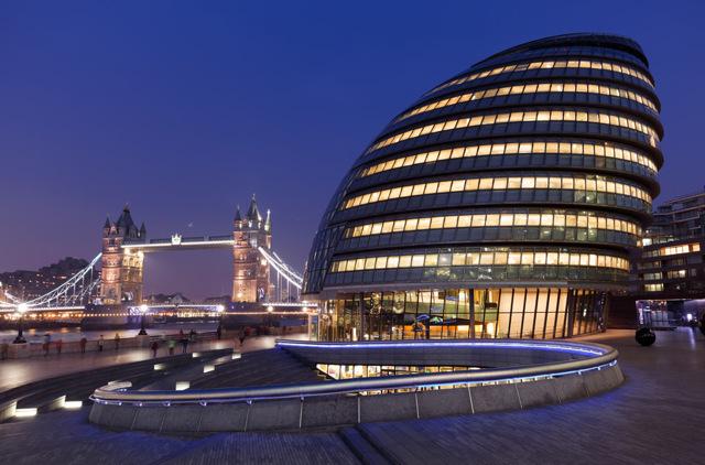 Куда пойти и чем заняться в Лондоне вечером?
