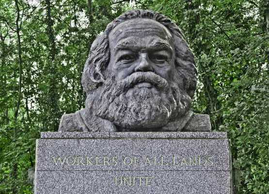 Хайгейтское кладбище в Лондоне