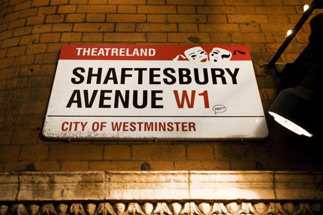Опера в Лондоне: как купить недорогие билеты