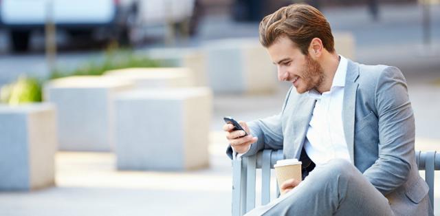 Разговор по телефону на английском языке: полезные фразы + 12 советов