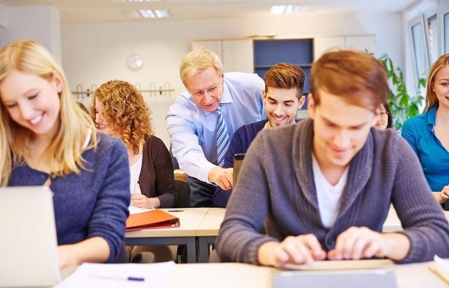 Как учить английский в командировках