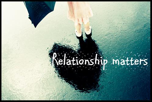 Синонимы слов a girlfriend и a boyfriend в английском языке