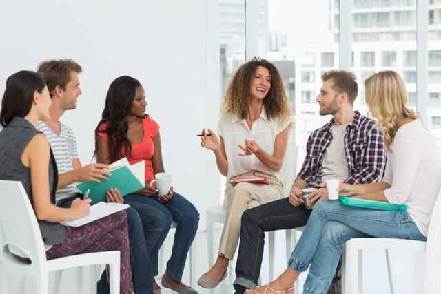 Разница в употреблении speak, say, tell и talk