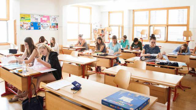 Как выучить английский за границей