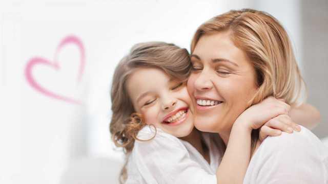 Как празднуют День матери в Англии и США