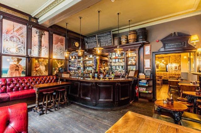 А вы бывали в английском пабе, ресторане или кафе?