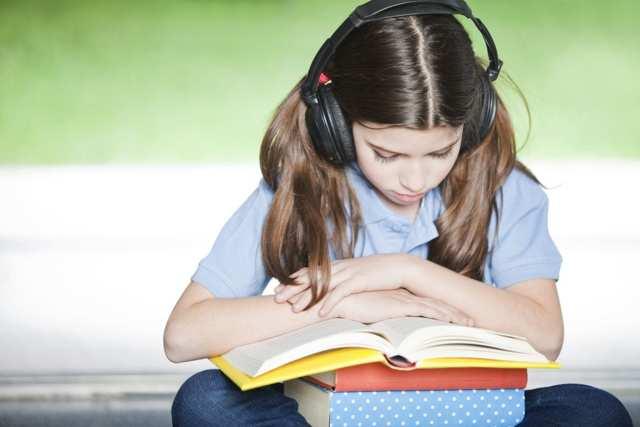 Изучение английского по песням: опыт наших преподавателей