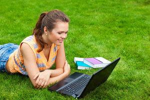 Где можно поговорить на английском языке онлайн и офлайн