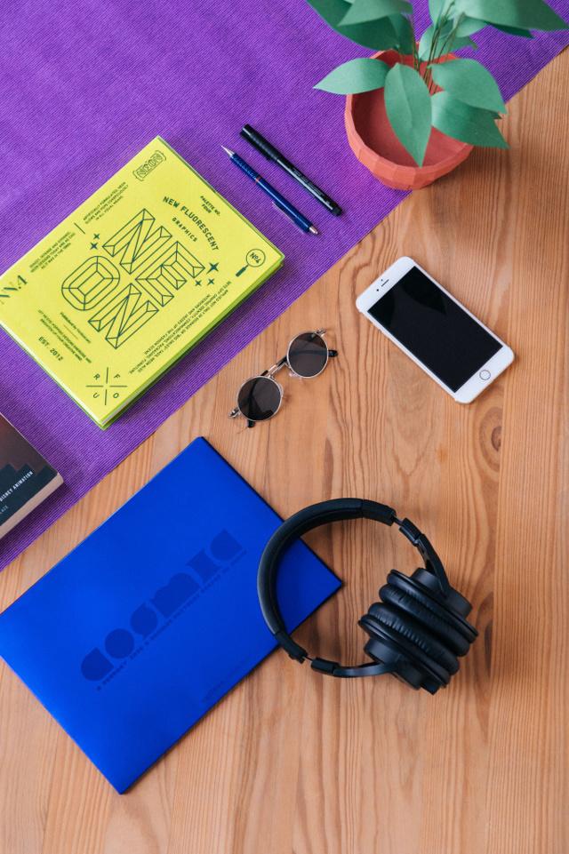Учим английский язык по подкастам, аудиосериалам и радиошоу